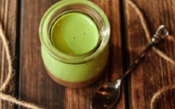 Mách bạn cách làm bánh panna cotta vị trà xanh tươi mát
