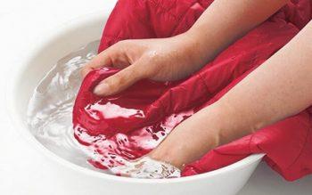Mách nhỏ cách giặt ướt áo lông vũ kính nghiệm từ chị em
