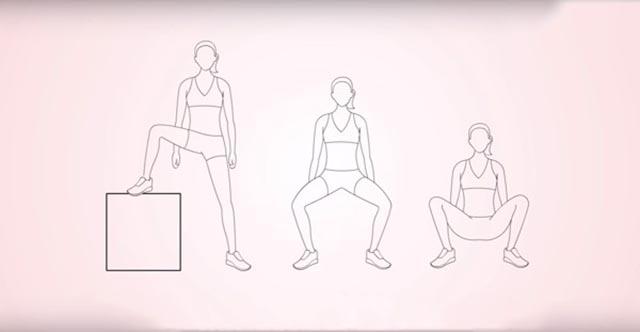 Bước 2: Hãy chọn cho mình một tư thế thật thoải mái để cho cốc nguyệt san vào
